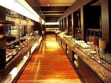 カフェレストラン「ル・タン」(2階)