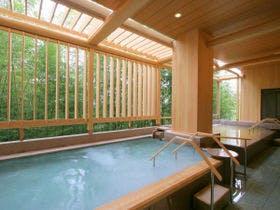絶景が眺められる露天風呂がある有馬温泉の宿を教えてください。