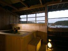 【露天風呂付客室・12畳和室】