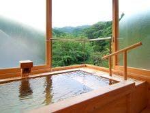 本館客室展望檜風呂