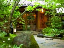 黒川温泉で高齢の祖父でも楽しめるバリアフリー対応のお宿はありますか。