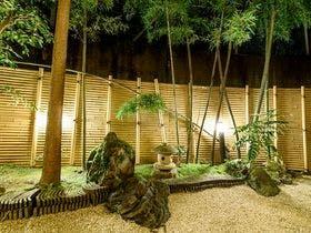 源泉掛け流し露天風呂で、一泊朝食付きプランがある湯河原温泉の宿を知りたい!