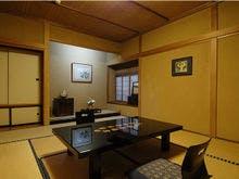 10畳和室の客室「芦名の間」