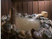 出雲大社へ参拝にいきます。近くで風情がある温泉宿は?