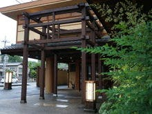 琵琶湖を夫婦でドライブ。雄琴温泉で日帰り入浴できる宿