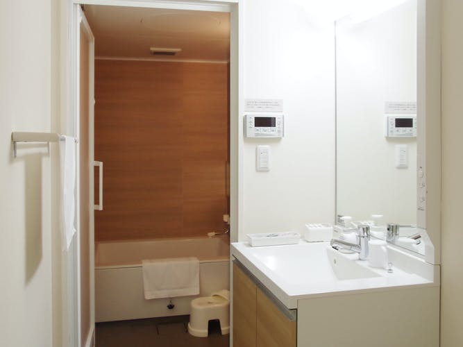 ツインのバスルーム