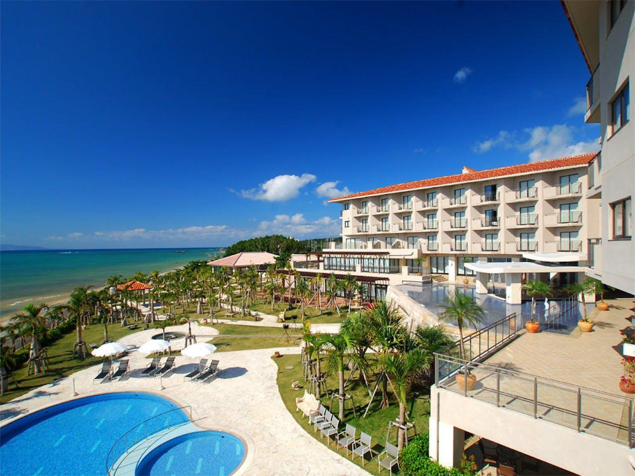 海辺に位置する絶景リゾートホテル