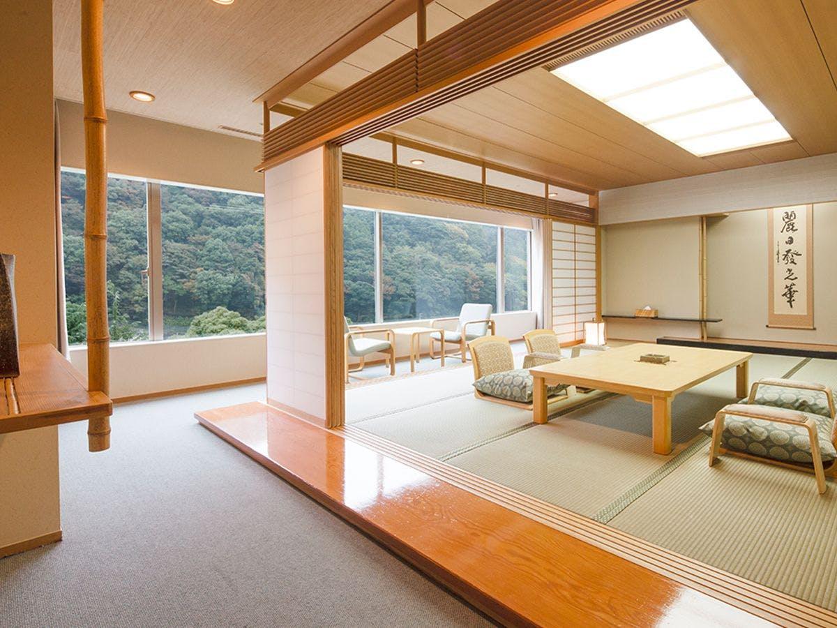 ホテル 湯本 富士屋