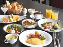 ご朝食は和洋バイキングをご用意致します。