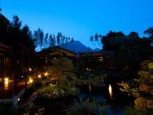 由布院温泉で露天風呂があり、素泊まりプランがあるる温泉宿を教えて!