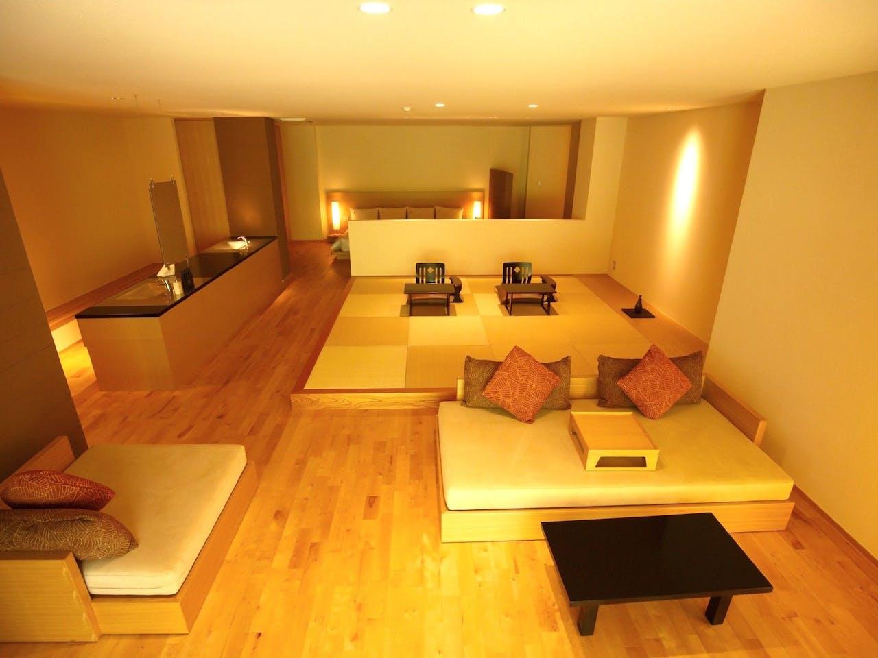 露天風呂付き客室の一例(空401号室)