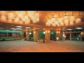 1月に石和温泉へ遊びに行きます。旅館ならではの大浴場も露天風呂も楽しめる宿を教えて下さい。