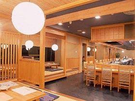 仲間と一緒に宿泊できる、4人部屋のある定山渓温泉のおすすめ旅館はどこ?