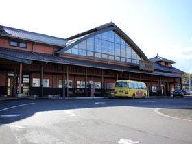 JR安来駅(観光交流プラザと併設)