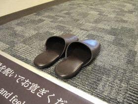 室内は靴を脱いでお寛ぎください。