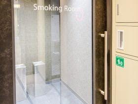 1F:喫煙ブース