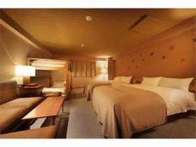 UNWIND HOTEL&BAR