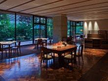 友達と鬼怒川温泉に行きます。夕食が美味しいおすすめの温泉宿を教えてください!