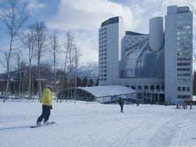 【10~11月オープン】 いち早く滑りたい!オープンが早いスキー場と周辺のおすすめ宿は?