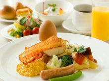 種類豊富な朝食バイキング