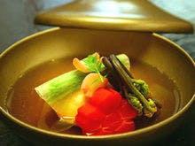*夕食一例/細部にもこだわった粋のお料理