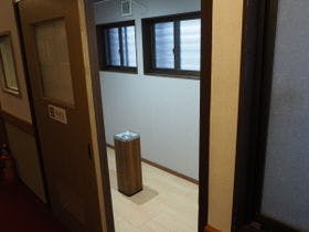 喫煙スペース(全客室禁煙です)