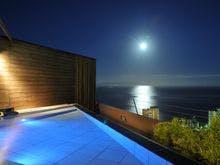 熱川温泉で美味しい海の幸を堪能したい!おすすめの宿を教えてください。