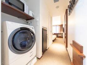 全室にドラム式洗濯乾燥機&電子レンジ完備