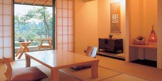 温泉露天風呂付き客室(一例)