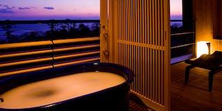 客室露天風呂一例