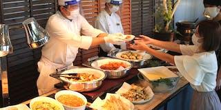安心と安全に配慮した新しいスタイル「カフェテリア式食べ放題(和洋中バイキング)」