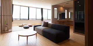 type A 和洋室 洋室に畳のスペースがある、和室付きの部屋