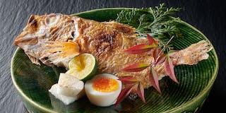 高級魚として全国で一躍有名になった「のどぐろ」。白身で脂が多く、皮にもにじみ出るほど脂の乗った高級魚
