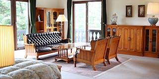 デラックスツインルームA 三方を窓に囲まれた一番広いお部屋(広さ:61平米 定員:1~2名)