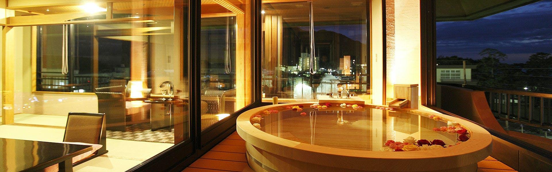 記念日におすすめのホテル・土肥ふじやホテルの写真1