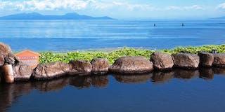 海に浮かぶ絶景露天風呂~源泉かけ流し天空 TENKUH