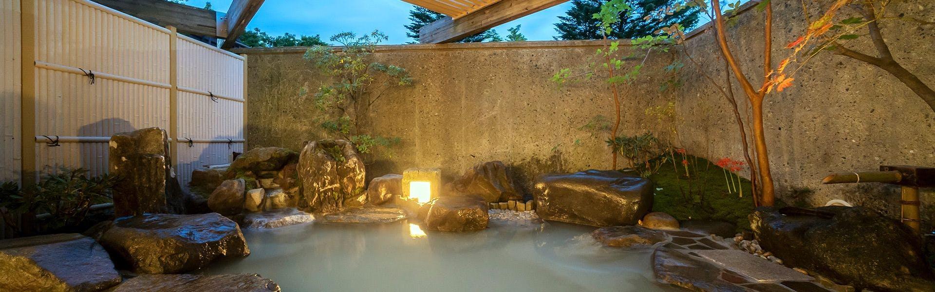 記念日におすすめのホテル・日光中禅寺湖温泉 ホテル 花庵の写真1