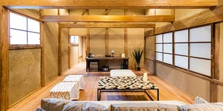 築100年以上の建物をできるだけ残しながら、快適に滞在できる空間
