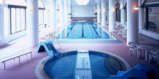 常夏プール 室内・温水