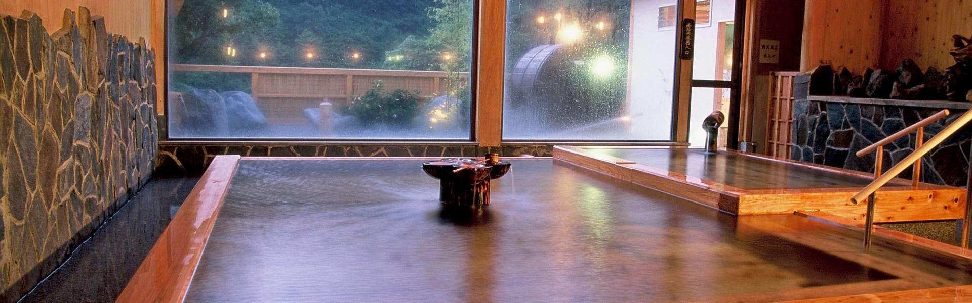 記念日におすすめのホテル・飲泉、自家源泉かけ流しの秘湯 観音温泉の写真3