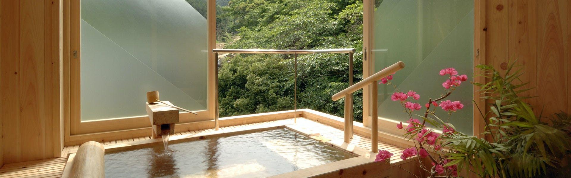 記念日におすすめのホテル・飲泉、自家源泉かけ流しの秘湯 観音温泉の写真2