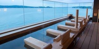 露天風呂(寝湯)まるで海に漂うような開放的な湯浴みをお楽しみください。