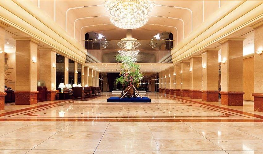 プラザ ホテル 京王