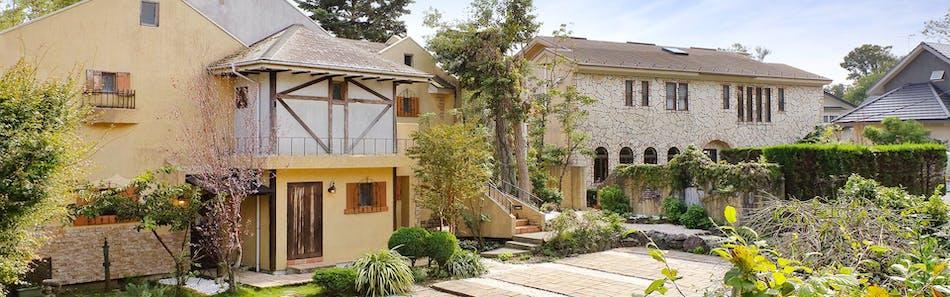 伊豆高原 ペットと泊まれる全室露天風呂付の宿 別邸石の家