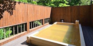 川乃湯「檜造りの露天風呂」