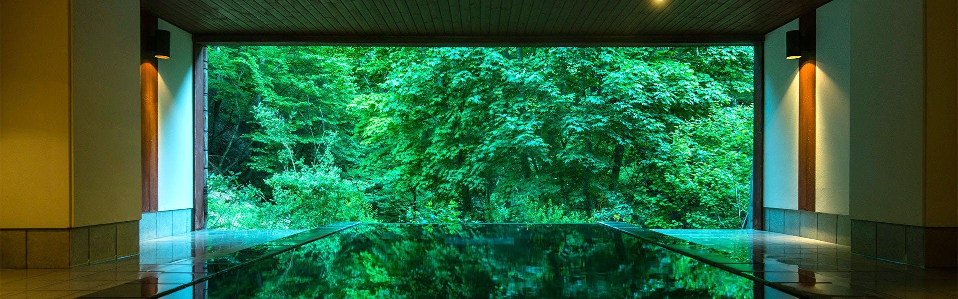 記念日におすすめのホテル・扉温泉 明神館の写真1