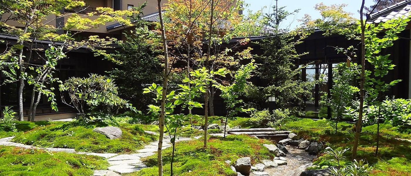 湯宿 季の庭