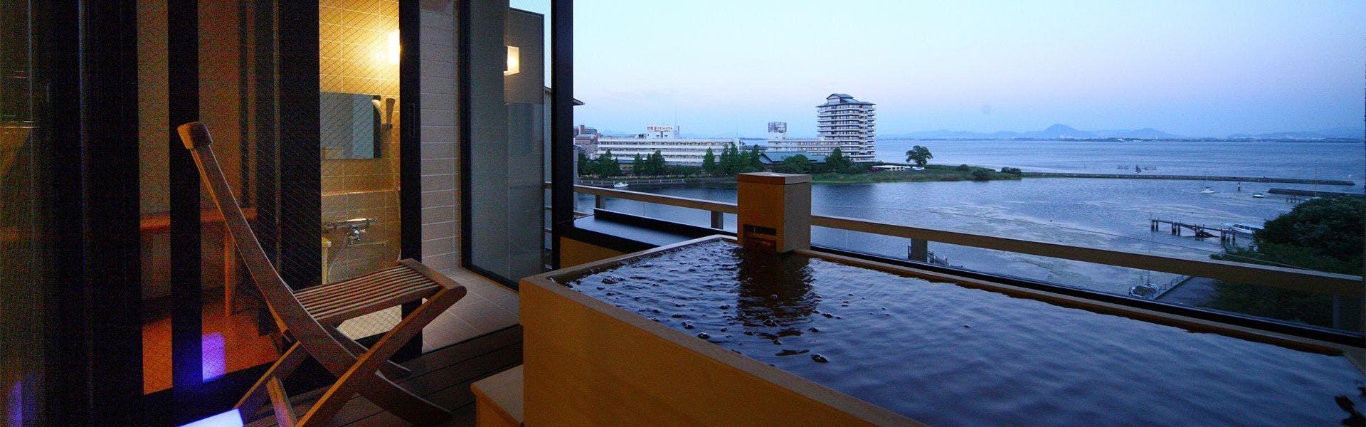 記念日におすすめのホテル・おごと温泉 びわこ緑水亭の写真1