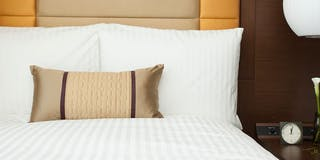 極上の眠りを追及して作られたマットレスは、世界を代表するシモンズ社とシーリー社との共同開発。