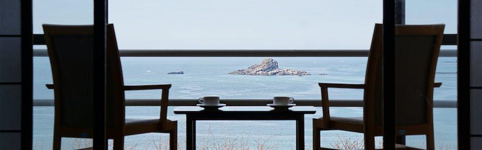 海と入り陽の宿 帝水  秋田男鹿半島 戸賀湾を見下ろす絶景の温泉旅館